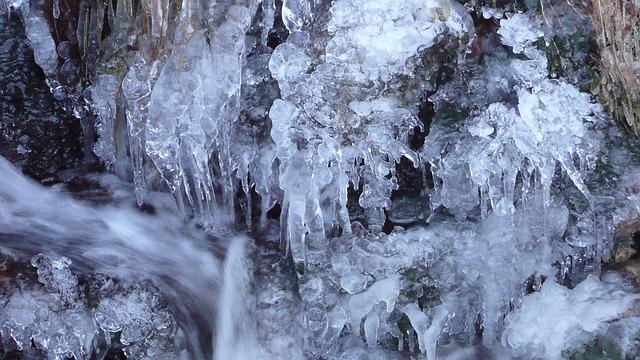ice-112128_640