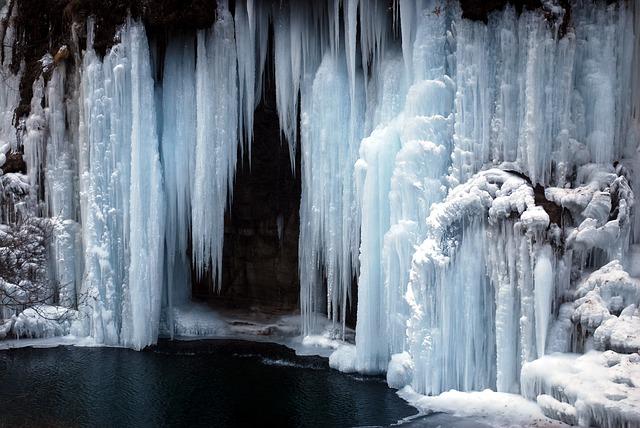 ice-17428_640