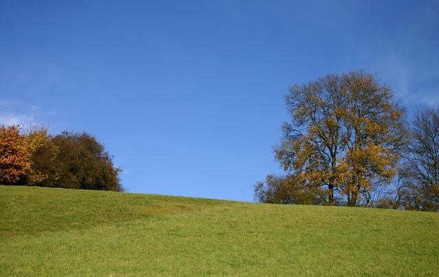 hill-483966_640